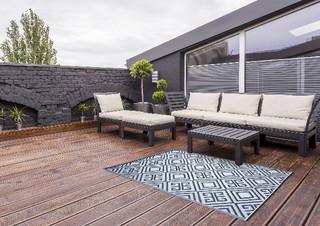 ESSCHERT DESIGN Zahradní koberec, ornament, černá s bílou, oboustranný, 119,5 x 186 x 0,3 cm